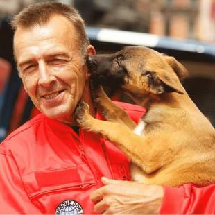 Jean-Jacques LELEU Protection civile  maître chien USAR BEL-1